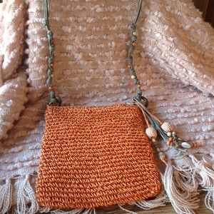 Sun 'N' Sand🏝NWOT Long strap Beaded Woven Purse